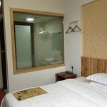 Standard double room at 3rd floor. No elevator. Toilet with hot/cold shower and bidet. Frosted s