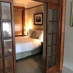 Hotel Wales Foto