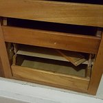 dresser was broken there was no wardrobe doors at all but was shown in the pic on the site we bo