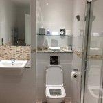 Rm 238 bathroom
