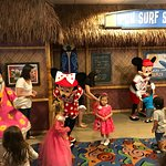 Kids get up and Dance - Paradise Pier Character Dining