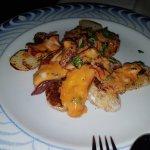 Típica comida Canaria con un servicio genial.