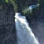 Photo de Helmcken Falls
