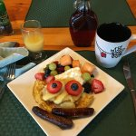 A breakfast skill at Sunny Rock Bed and Breakfast in the Haliburton Highlands