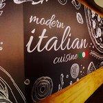 Foto van Modern Italian Kitchen