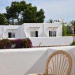 Cada habitación con terraza privada / Every room with private terrace