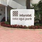 Photo de Inturotel Cala Azul Park