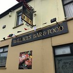 Wallace's Bar and Restaurant