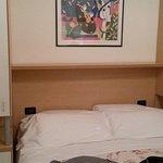 camera con letto comodo