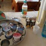 colazione: yogurt e bevande
