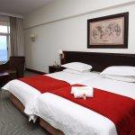 Kennaway Hotel Twin Bedroom