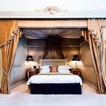 The Gore Hotel - Dame Nellie Suite