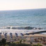 Photo de Aquila Rithymna Beach Hotel