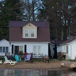 Six modern, clean cottages on beautiful Shawano Lake - Wisconsin!