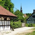 Blick auf die Kirche aus Tischardt von 1304