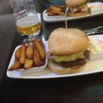 aston burger is good