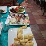 antipasti di verdure, di mare e fritturina