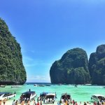 Amazing private longtail boat tour of Koh Phi Phi Don & Koh Phi Phi Lee!