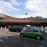 Supermarket very close
