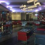 Breakfast room/bar