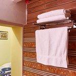 Standard Double Bedroom En-suite Bathroom
