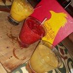 Caipirinhas de Maracuja compimenta, Morango, Mel e Canela... só faltou a clássica de limão!