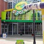 Crayola Experience, Main Entrance