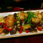 Seared scallops with yumminess