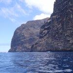 vue latérale sur les falaises des géants