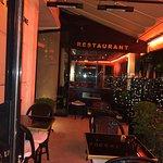 Photo de Hotel Montaigne