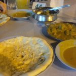 Naans, mutton, spinach