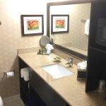 Best Western Premiere-Nicollet - Burnsville, Minnesota - Bathroom