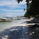 boats can be boarded for island hopping right from the beach