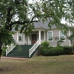 The Old Mulberry Inn is built in a  Greek Revival southern plantation style.