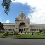 Royal Exhibition Building and Grand Fountain