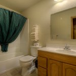 Two Room Cabin (Duplex)- Private Bathroom