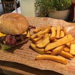 صورة فوتوغرافية لـ Burgerista