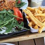 Salad & Chips