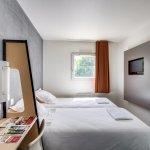 Hotel balladins Esbly / Marne La Vallée