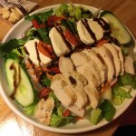 Caprese Salad with Grilled Chicken