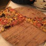 "Foto de Pizzeria "" La Suegra"""