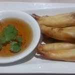 Goong Hor (Shrimps in Blankets) (6) appetizer