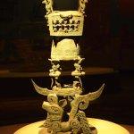 精細的古文明工藝品