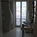 Spacious bath in 3rd floor room