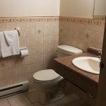 Photo de Americas Best Value Inn - Chalet Inn and Suites