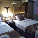 Photo of Hotel Beverly Plaza