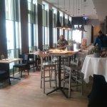 Restaurant/ Bar