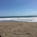 Strand ist leider teilweise sehr dreckig. Das Wasser ist wild.