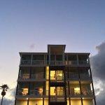 Foto de Beachgate CondoSuites and Hotel