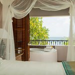 Ocean View Villa Suite with Jacuzzi